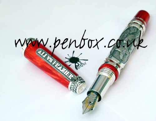 Montegrappa Trilla in Manila fountain pen.